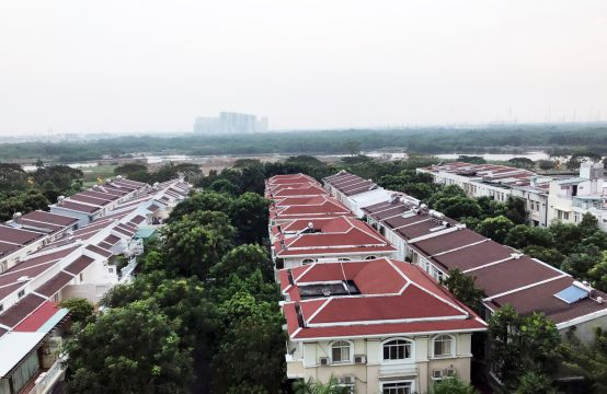 Garden Court apartment on Ton Dat Tien street, District 7 for rent