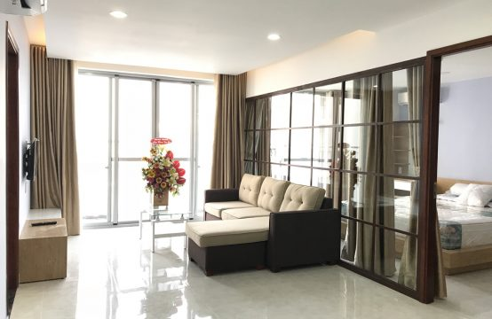 Scenic Valley apartment in district 7 for rent