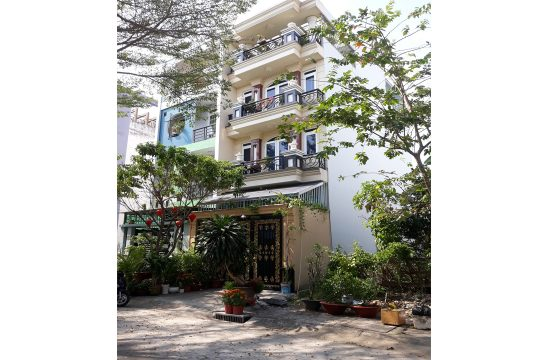 House located near Phu My Hung district 7 for rent
