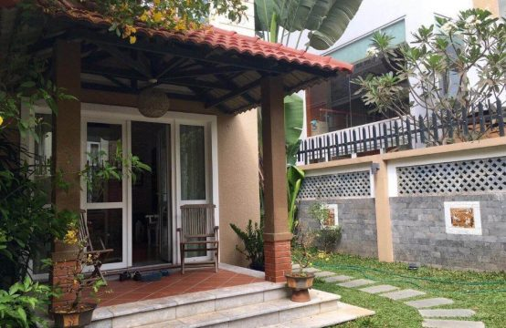 Nice villa for rent in district 7, near Phu My Hung urban area