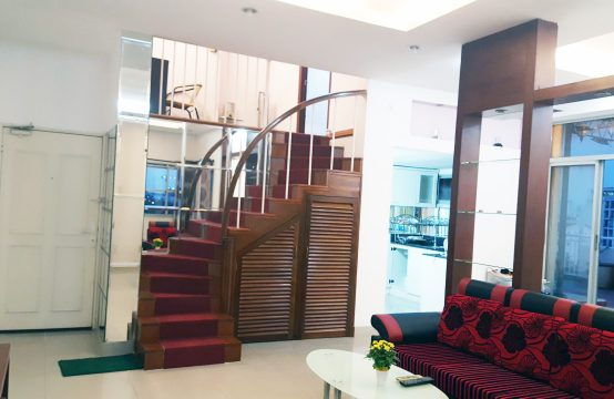 Penthouse for rent in Hung Vuong Phu My Hung district 7