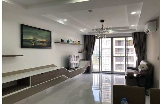 Beautiful apartment for rent in Scenic Valley, district 7 Ho Chi Minh City