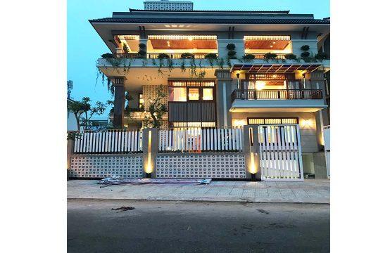 Nice villa for rent in district 7 HCMC, Sadeco Phuoc Kien residence