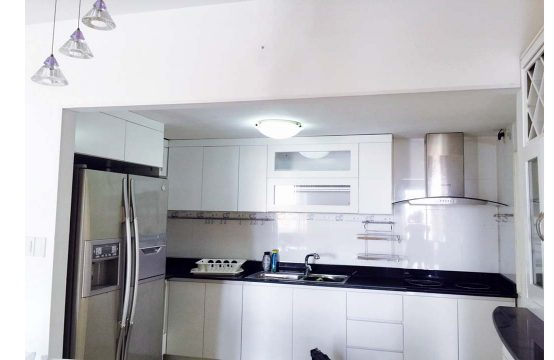 Three bedroom apartment for lease in Grand View Phu My Hung
