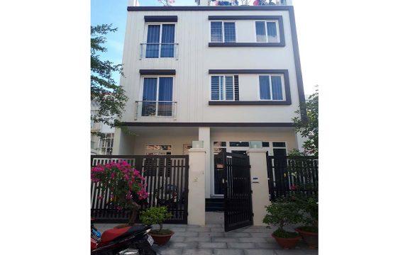 Villa for rent in Tan Phu ward, district 7 HCMC