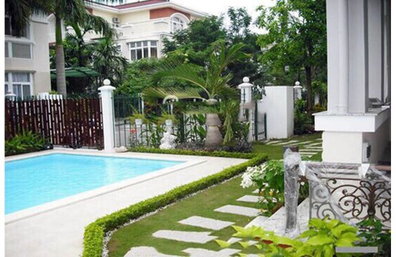Villa for rent in My Phu with swimming pool