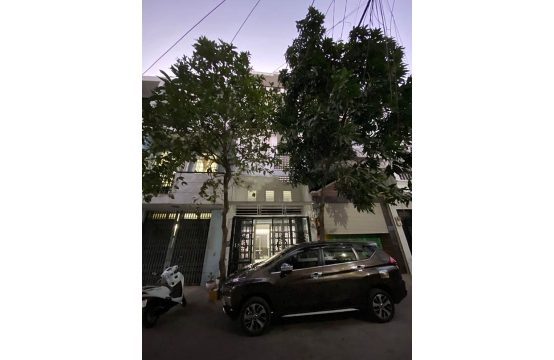 House for rent on Tran Trong Cung, district 7