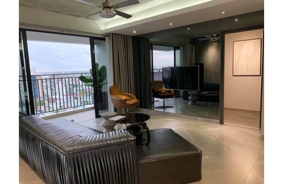 Brand-new apartment for rent in The View district 7